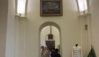 Megnyílt az egyházközségi kiállítóterem a Szentháromság-templomban