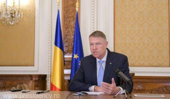 Alkotmányossági kifogást emelt Klaus Iohannis államfő az iskolai egészségügyi nevelés bevezetéséről szóló törvény ellen