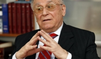 Iliescu elismerte: volt CIA-létesítmény Romániában