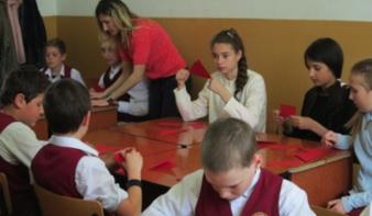 Anyák napja és tavaszköszöntő ünnep a Nicolae Iorga Általános Iskolában