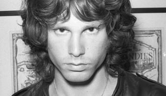 """Tudom, ki ölte meg Jim Morrisont"" – kitálalt Marianne Faithfull"