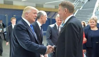 "Klaus Johannist ""soron kívül"" fogadja Donald Trump"