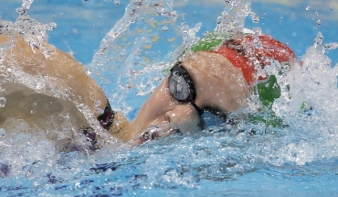 Katartikus magyar aranyérmek az úszó Eb-n