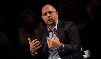 Kelemen Hunor: Erdélyben szükség van a nyomtatott sajtóra