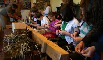 Kézművesek járják a vidék településeit