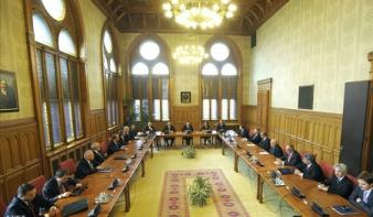 Kilenc minisztériummal működhet a harmadik Orbán-kormány