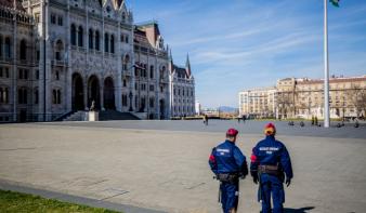 Ötvenre nőtt a fertőzöttek száma Magyarországon