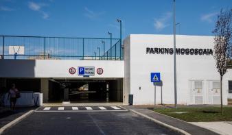 Átadták Kolozsvár első földalatti parkolóházát a Monostor negyedben