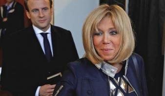 Aláírást gyűjtenek, hogy Macron felesége ne lehessen first lady
