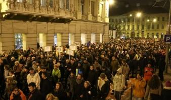 A magánkasszák miatt tüntettek a fővárosban