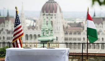 Századvég: Látványosan javulnak a magyar-amerikai kapcsolatok