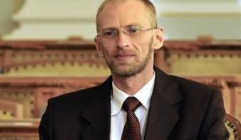 Magyari Tivadar: mindent megteszünk azért, hogy ne lehessen magyar osztályokat jogtalanul megszüntetni
