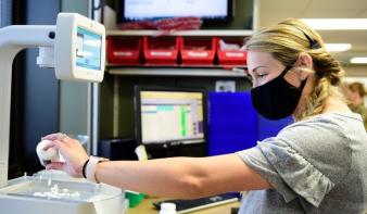 Járványügyi körkép - Miért kellenek a szigorú védekezési szabályok továbbra is?