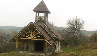 Felépült a monói ravatalozó kápolna