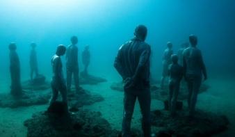 Elképesztő látvány - Az első európai víz alatti múzeumban