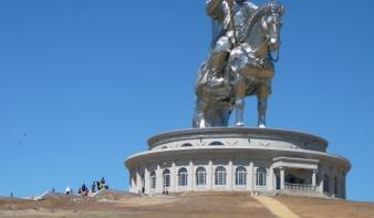 A világ legnagyobb lovas szobra