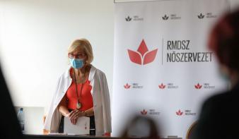 Közel ezer erdélyi magyar nő indul az önkormányzati választásokon