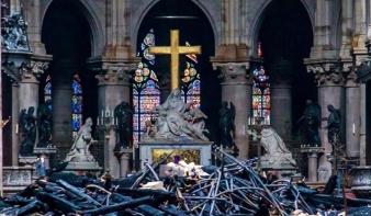 Már a hétvégén újra miséznek a Notre-Dame-ban