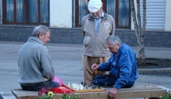 Elmagyarázták, miért lenne katasztrófa a magánnyugdíjalap megszüntetése