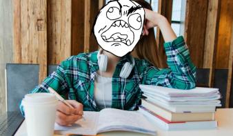Egész iskolai pályafutásuk során kitoltak a mostani hetedikesekkel – most sincsenek tankönyveik