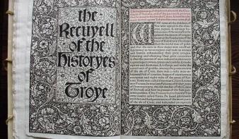Nagyon sok pénzt adtak az első angolul nyomtatott könyvért