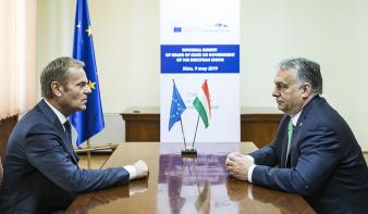 Népszava: Nem zárják ki a Fideszt a Néppártból