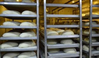 Meggondolta magát a pékség: nem helyezik át más részlegbe a két vendégmunkást