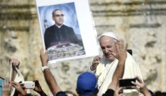 Hat új szentettel gazdagodott vasárnap a katolikus egyház
