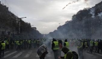 1385 embert elfogtak, 974-et őrizetbe vettek Franciaországban