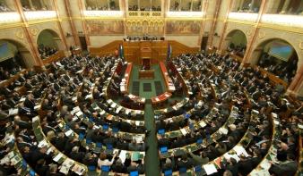 Akár két mandátum sorsát is eldönthetik az erdélyi magyarok