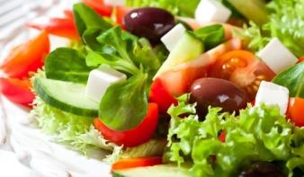 Egészségesebben táplálkozik a magyar