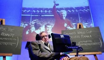 Stephen Hawking átvette a polipjós szerepét