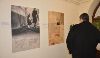 Alkotások a szomorú emlékekkel teli dobozból - a szatmári svábok deportálására emlékeztek