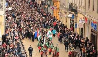 Lemondja március 15-ei tömeges köztéri megemlékezéseit az RMDSZ