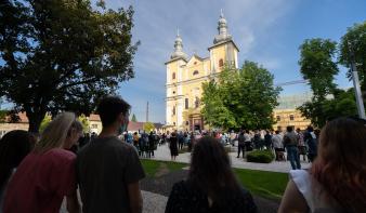 A 300 éves Szentháromság-templom köszöntése