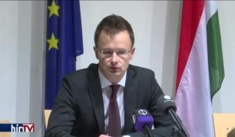 Szijjártó Péter: Visegrádi megállapodás a határvédelemről