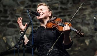Csillagom koncert SZIRTES EDINA MÓKUS & JAMMAL
