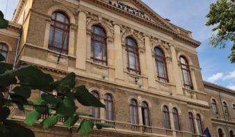 Magyar szakok is megszűnnek a BBTE-n, de helyettük újak indulnak