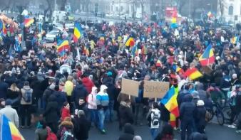 Bukarestben és Kolozsváron is ötezren tüntettek kedden