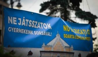 Nem bírja ki a PNL, hogy ne támadja meg a római katolikus líceum újraalapítását