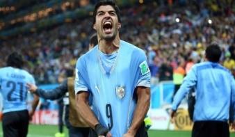 Uruguay Suárez duplájával verte meg Angliát