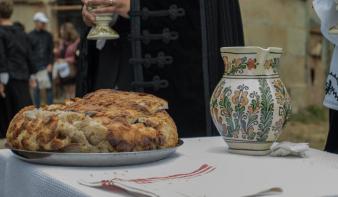 Otthoni úrvacsoravételre szólít húsvétkor Kató Béla református püspök