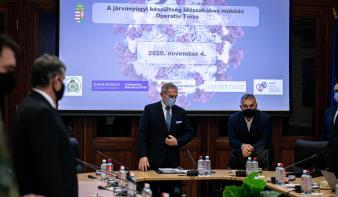Életbe lépett a veszélyhelyzet, amit Orbán Viktor este bejelentett