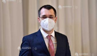 Egészségügyi miniszter: Az oltás révén hat-kilenc hónapon belül megszabadulhatunk a világjárványtól