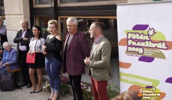 Négy kiállítás megnyitóval és négy koncerttel folytatódott a Nagybányai Magyar Napok negyedik napja