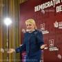 Dăncilă: mandátumom idején a protokollvillákat megnyitjuk az árva gyerekek előtt