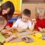 Kötelező lesz az óvodai oktatás az RMDSZ javaslatára