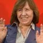 Fehérorosz írónő kapta az irodalmi Nobel-díjat